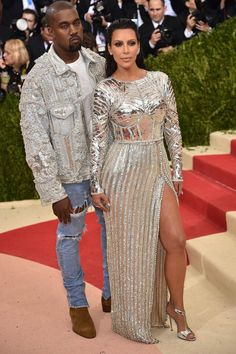Kanye West Allegedly Has His Own Reason For Kim Kardashian Split, Though Don't Expect To See It On KUWTK Kim Kardashian Kanye West, Kanye West And Kim, Kanye West 2016, Kardashian Family, Kardashian Jenner, Kendall Jenner, Kylie, Beyonce, Rihanna
