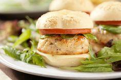 400 Calorie Chipotle Turkey Burgers... Yummy & Flat Belly Friendly... nom nom nom!