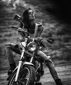 Super motorcycle harley biker chick fun Ideas Super motorcycle harley biker chick fun IdeasYou can find Biker chick and more on our website. Moto Vespa, Gp Moto, Harley Davidson, Lady Biker, Biker Girl, Motos Sexy, Hot Wheels, Moto Custom, Motos Harley
