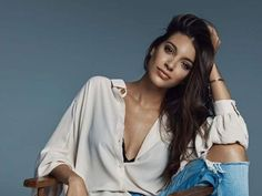 Ana Guerra se pronuncia sobre la polémica de 'Amigas y conocidas' New Model, Crushes, Celebrities, Outfits, Models, Women, Fashion, War, World