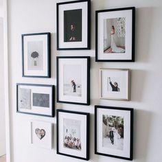 Wedding Gallery wall - Styling A Chic Photo Wall. Wedding Picture Walls, Wedding Wall, Wedding Photo Frames, Display Wedding Photos, Inspiration Wand, Display Homes, Photo Displays, Hygge, Wedding Pictures