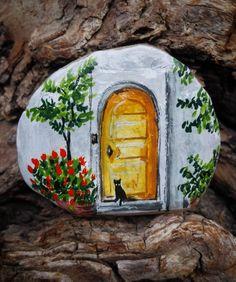 Mor sumbullu kapi onu istiyorum Leylaklardan labirent Kucak dolusu karanfil Vazoda mimoza istiyorum #art #artist #drawing #illustration #tasboyama #rockpainting #olddoor