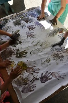 Stomping in the Mud: Spring 2015 Snapshots Forest School Activities, Summer Camp Activities, Preschool Art Activities, Nature Activities, Homeschooling In California, Preschool Displays, Backyard Play, Outdoor Play, In Natura