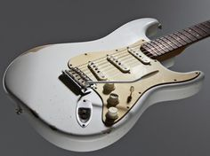"""Road Worn Fender Strat. I think I would rather do the """"wearing-out"""" myself but, this does look awesome"""