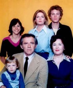 Family ~ James Broderick, Sada Thompson, Meredith Baxter-Birney, Gary Frank, Kristy McNichol and Michael David Schackelford ♥