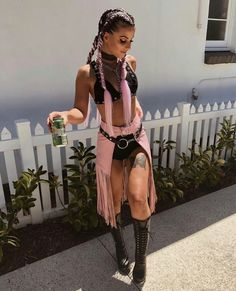 40 Chic Outfit Ideas For Coachella 2018 Festival Looks, Festival Mode, Rave Festival, Rave Outfits, Chic Outfits, Music Festival Outfits, Music Festivals, Festival Outfit 2018, Music Festival Hair