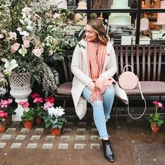 A few days away in London with my @jomalonelondon gals on the blog today! Love the photos in this post so much #liketkit http://katelavie.co/2sFwJ5p @liketoknow.it