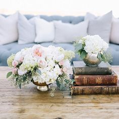 So in love with this dreamy Malibu set up incorporating furnishings and decor elements from our friends over at @foundrentals . Soft bush tones of garden roses with our vintage vessels makes for deliciousness all around! Photographer: Brandon Kidd Photography