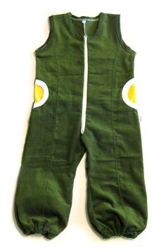 Handmade coverall for a boy. Crafts For Kids, Boys, Handmade, Crafts For Children, Baby Boys, Hand Made, Kids Arts And Crafts, Senior Boys, Sons