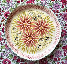 Pottery * Dish * Pink Shasta