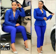 Here are some of an amazing beautiful corporate outfits at the moment ladies show try out. Corporate Outfits, Corporate Fashion, Business Casual Outfits, Office Outfits, Classy Work Outfits, Chic Outfits, Fashion Outfits, Suit Fashion, Work Fashion