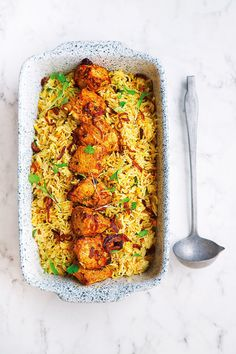 A Kinara classic and the ultimate one-pot dish – this is what our staff call pure comfort food. This chicken biryani is super easy to make! Wine Recipes, Indian Food Recipes, Cooking Recipes, Ethnic Recipes, Pakistani Food Recipes, Halal Recipes, Veg Recipes, Biryani Chicken, Recipes