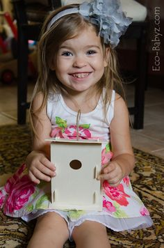 Review of Green Kid Crafts' Feathered Friends Discovery Box from Eco-Babyz