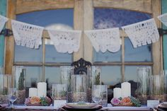Fr a wedding, but some decorating ideas you could use in your home too. Beautiful!