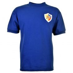 Colombia 1962 World Cup Retro Football Shirt Colombia 1962 World Cup Retro Football Shirt. Los Cafeteros made their World Cup bow in 1962 but finished last in a tough section containing the USSR, Uruguay  Yugoslavia however Marcos Coll did make http://www.MightGet.com/may-2017-1/colombia-1962-world-cup-retro-football-shirt.asp