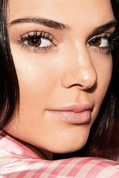 Kendall Jenner Backstage @ The Victoria's Secret Fashion Show