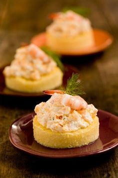 Paula Deen Cheesy Shrimp on Grits Toast. Maybe the cheesy shrimp part Finger Food Appetizers, Appetizers For Party, Appetizer Recipes, Shrimp Appetizers, Finger Foods, Seafood Dishes, Seafood Recipes, Cooking Recipes, Brunch