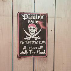 #covernashville #beachbar #pirates #somewheresos #sos #nashville
