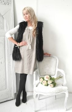 BOHEMIANA Faux Fur Vest, BYPIAS Linen Tunic LESS IS MORE / @bypiaslifestyle