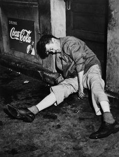"questcequecestqueca: "" Weegee, Man drunked """