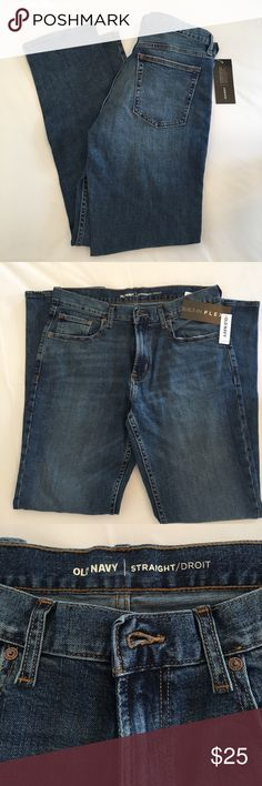 NWT Men's Old Navy Built In Flex Jeans       🎉HP NWT Men's straight jeans with built in flex. Re-engineered with stretch for movement and comfort. Size 32 x 32. Old Navy Jeans Straight