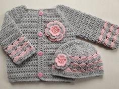 Crochet Baby Sweaters, Baby Girl Sweaters, Crochet Baby Clothes, Baby Blanket Crochet, Baby Knitting, Knit Sweaters, Knitted Baby, Baby Sweater Patterns, Crochet Cardigan Pattern