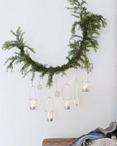"Gefällt 324 Mal, 5 Kommentare - Pernille Grønkjær Taatø (@nordiskrum) auf Instagram: ""Get inspired by my Christmas wreaths in the new November issue of Mad & Bolig... . #nordiskrum…"""