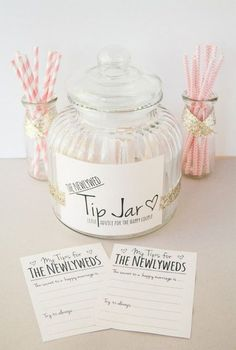 DIY Guest Book Alternative: Newlywed Advice ♥ DIY Newlywed 'TIP' Jar Guest Book Alternative Time to Complete: Less than 15 minutes Skill Level: Very Easy The Newly Wed Tip Jar is a fun guest book alternative which puts a unique spin Wedding Tips, Wedding Favors, Diy Wedding, Free Wedding, Trendy Wedding, Wedding Book, Wedding Invitations, Church Wedding, Wedding Venues