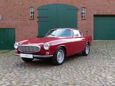 Volvo P1800. I'll take one, please. Thank you.