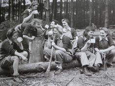 Long May She Rain: Lumberjills of The Womens Timber Corps