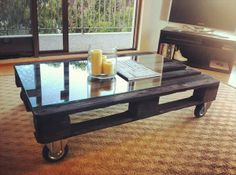 Old Coffee Table Makeover | Pallet Furniture Plans
