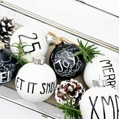Black and White Christmas - Starbox