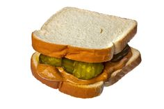 NYT Cooking: Peanut Butter and Pickle Sandwich. This has always been my most favorite sandwich. Dill pickles work too. Peanut Butter And Pickle Sandwich Recipe, Peanut Butter And Co, Peanut Butter Bread, Bread & Butter Pickles, New Recipes, Cooking Recipes, Favorite Recipes, Sandwich Recipes, Decir No