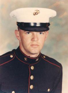 Virtual Vietnam Veterans Wall of Faces | ROBERT W MCCLUSKEY | MARINE CORPS