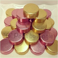 Does anyone know how to do this perfect GOLD covered OREOS ???