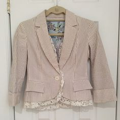 FINAL SALE! Anthrologie Blazer with Lace Trim By Tabitha purchased at Anthropologie. A beautifully striped seersucker (lightweight) blazer with delicate lace trim. Size 0. Fully lined. Feminine and flattering! Anthropologie Jackets & Coats Blazers