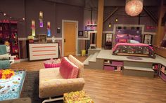 iCarly Bedroom Design - Home Design Ideas & Resources - eHomeDesignIdeas. Dream Rooms, Dream Bedroom, Girls Bedroom, Bedroom Decor, Bedroom Bed, Bedroom Ideas, Awesome Bedrooms, Cool Rooms, Icarly Bedroom