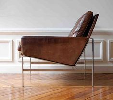modern leather lines chair #LeatherChair
