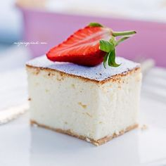 Fluffy cheesecake like a cloud Yummy Treats, Delicious Desserts, Sweet Treats, Yummy Food, Baking Recipes, Cake Recipes, Dessert Recipes, Cake Cookies, Cupcake Cakes