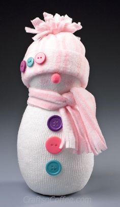 The cutest sock snowman! Easy DIY on CraftsnCoffee.com.