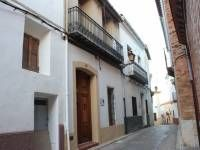 Ref: NCBAR1310 Type: Townhouse Area: Costa Blanca North Town: Parcent Beds: 4 Baths: 2 Pool:  Price: €122,000