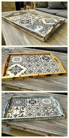 pallet diy decor tray idea #diywoodwork Tile Projects, Diy Furniture Projects, Diy Wood Projects, Woodworking Projects, Woodworking Classes, Office Furniture, Pallet Tray, Wood Tray, Tile Crafts