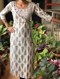 Best 12 New Jewerly Making Necklace Free Pattern Ideas Churidar Neck Designs, Salwar Designs, Kurta Designs Women, Kurti Designs Party Wear, Neck Designs For Suits, Neckline Designs, Dress Neck Designs, Designs For Dresses, Salwar Pattern