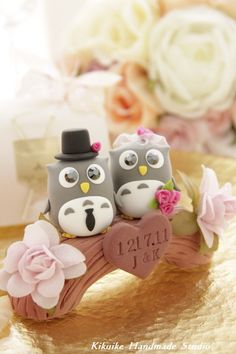 Cake topper, love this idea, but maybe doves, though the owls are adorable