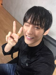 Don't forget Lee MinHyuk's digital solo #Purple_Rain ft. CHEEZE later 18:00 (KST). ~ | Piece of BTOB | Vol. 5 | Lee MinHyuk | 비투비