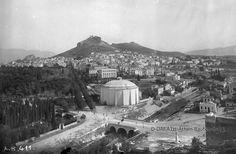 Όταν η Αθήνα είχε ποτάμι. 20 φωτογραφίες ενός κόσμου που οι περισσότεροι δεν γνωρίζουν - sfika Athens History, Old Greek, Greece Photography, City People, As Time Goes By, Athens Greece, Old City, Greece Travel, Back In The Day