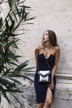 #orovicafashion #annahodlikbag #summervibes Summer Events, Timeless Fashion, Summer Vibes, Anna, Summer Dresses, Bag, Womens Fashion, Tops, Design
