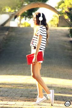 http://fashioncoolture.com.br/2014/01/18/look-du-jour-relax-take-it-easy/