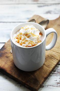 Get the recipe: slow-cooker salted caramel hot chocolate - Creme de la Crumb Best Hot Chocolate Recipes, Salted Caramel Hot Chocolate, Chocolate Milkshake, Slow Cooker Recipes, Crockpot Recipes, Slow Cooking, Dessert Recipes, Desserts, Cookie Recipes