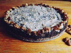 Nie wiem od czego zacząć, chcę po prostu podzielić się przepisem na zaskakująco dobre ciasto :) Oczekiwałam zwykłego ciasta z makiem z…